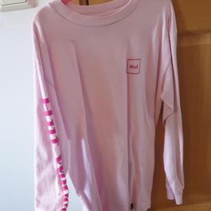 HUF Worldwide sweater, tunn, använd 1 gång