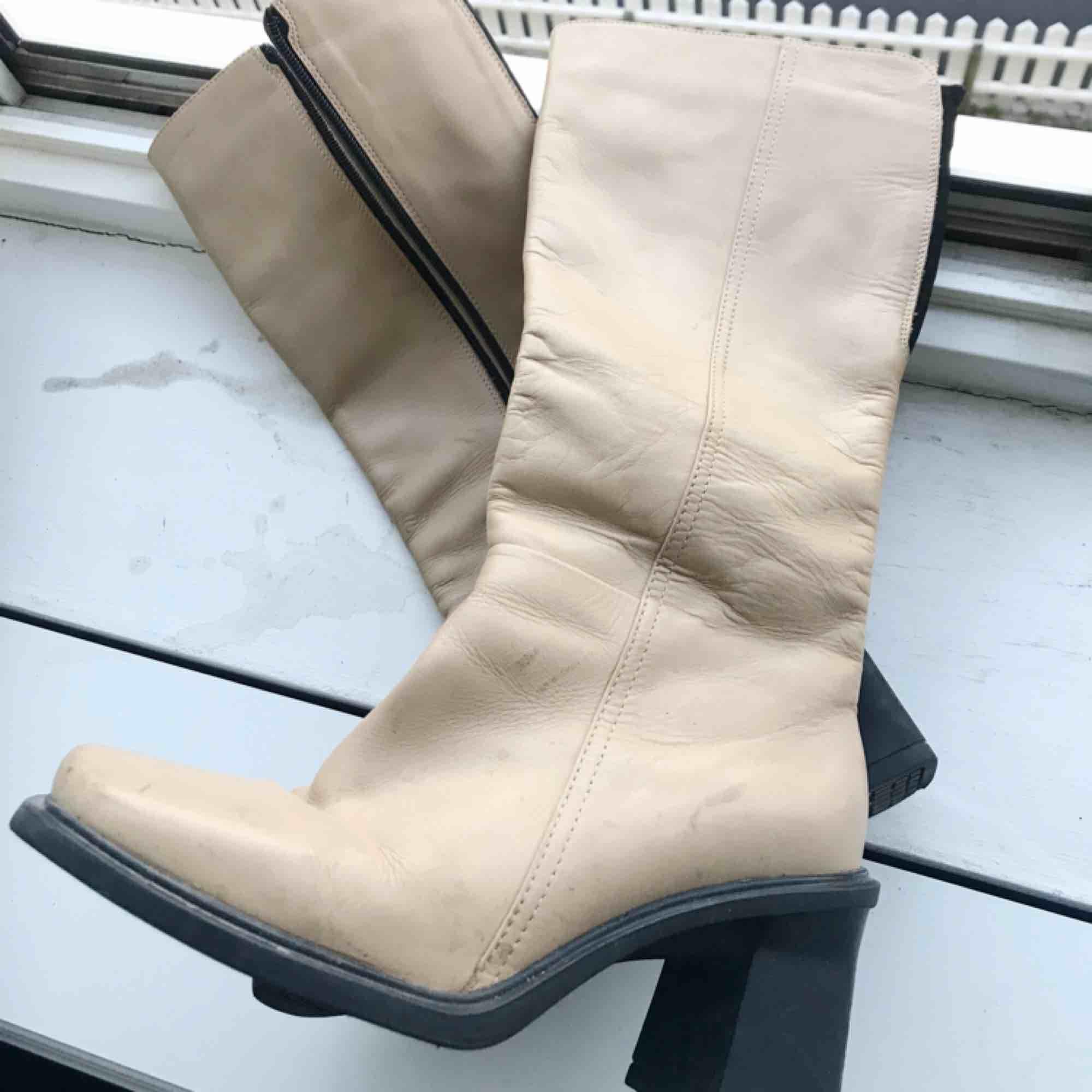 Boots  💫. Skor.