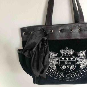 Superfin väska i perfekt skick!!⚡️🖤