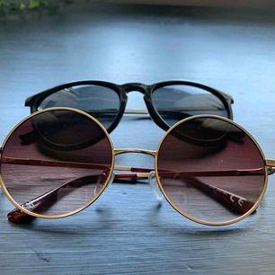 2 solglasögon, aldrig använda så i nyskick! Fraktar gärna för 10kr😊