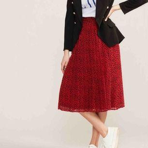Helt ny kjol från Daisy Grace, aldrig använd!