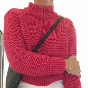 Mysig rosa tröja.  Oversized, XS-L  Frakt tillkommer