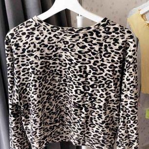 Leopard tröja