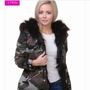 Säljer min Replay jacka camo med päls på insidan. Ny oanvänd. Köpt på jackan.com för 3990 och dem rear den för 1197 och jag säljer den för 500 prutat och klart.