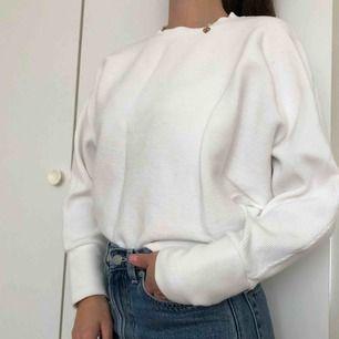 Sweater från Nelly i storlek S!