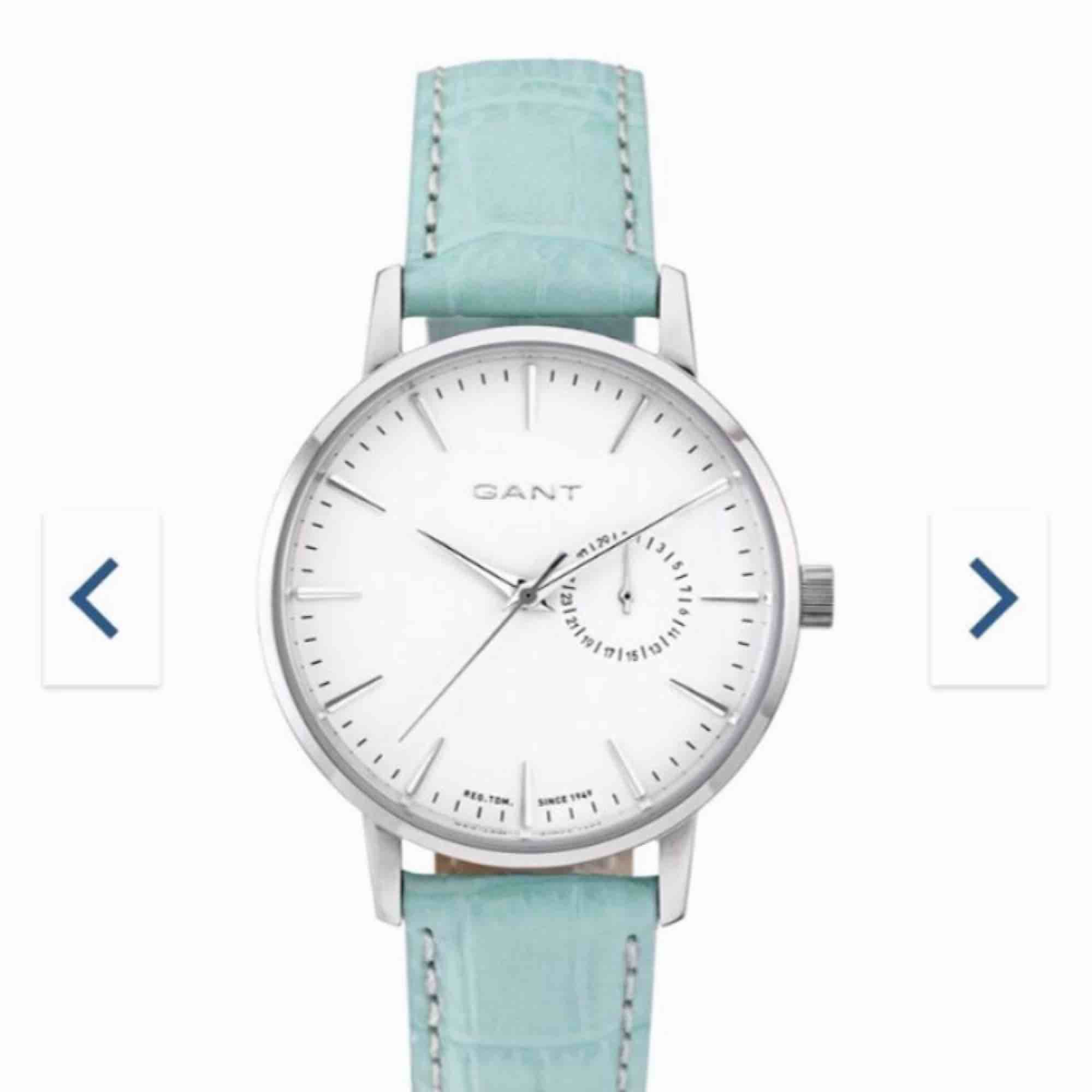 Helt oanvänd klocka från gant Passar perfekt till hösten nu när det är inne med att matcha färger Fungerar helt frifritt . Accessoarer.