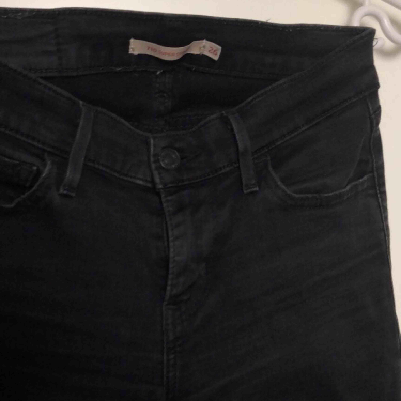 Modell 710.. Jeans & Byxor.
