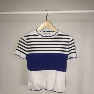 Tjockare t-shirt från zara! I storlek S. 100kr exklusive frakt, men pris kan diskuteras vid snabb affär.