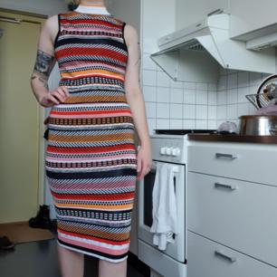 Stretchig klänning från Topshop. Jättebekväm! 80 kr + frakt 63kr eller hämtas i Sthlm🌼