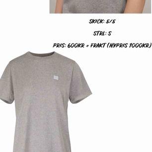 Äkta acne t-shirt!! Kommer ej till användning, därav bara använd 2-3 gånger! Köparen står för frakt (63kr)
