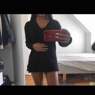 Stickad Levis klänning / långtröja