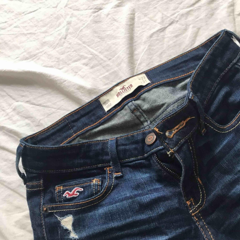 Hollister jeans  W 23 L 32 / XS. Jeans & Byxor.