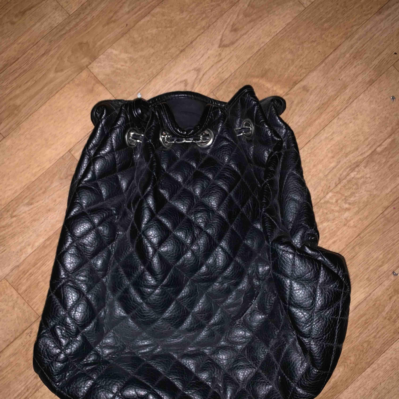 Väska (gympa). Väskor.