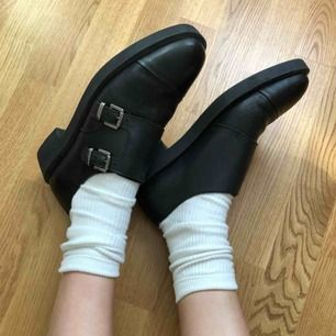 """""""Back to school"""" low-top dress shoes BRONX  Leather Black, 40-41 Never worn!"""