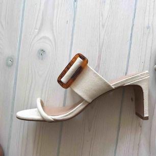 Nya sandaler från hm. Oanvända. Säsongens. Nypris 400 Storlek 39