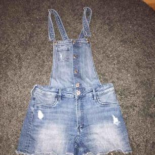 Hängsel shorts, barn