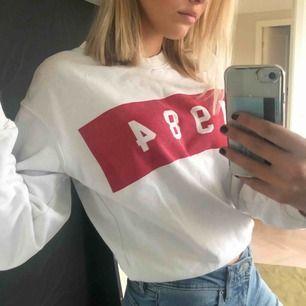 Denna tröjan passar på S också eftersom jag har S! Super skön och bra till hösten💓