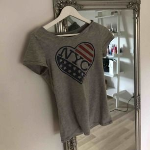 Super skön t-shirt från Tommy Hilfiger