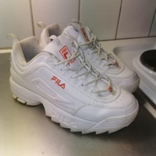 Fila skor använda 3 gånger. Storlek 38. Frakt tillkommer