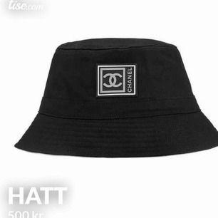 En fake hatt men oanvänd! Frakt tillkommer