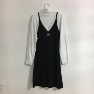 säljer min d&g klänning 💕
