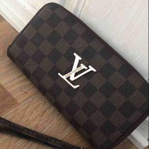 Plånbok fake LV