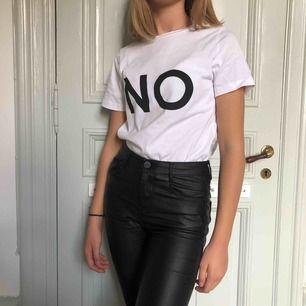 cool och lite oversized t-shirt från Cubus, passar XS, S o möjligtvis M!