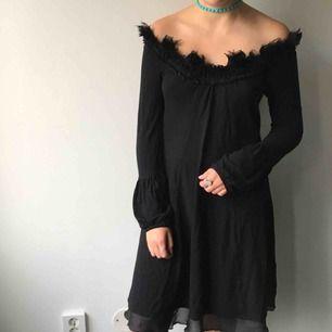 Svart klänning, bra skick! (Köparen står för frakten)