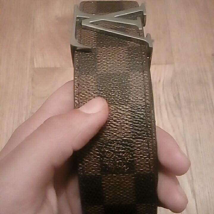Louis vuitton bälte (kopia) . Accessoarer.