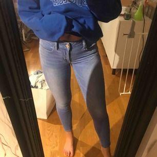 Jeans från American eagle, inköpta dyrt