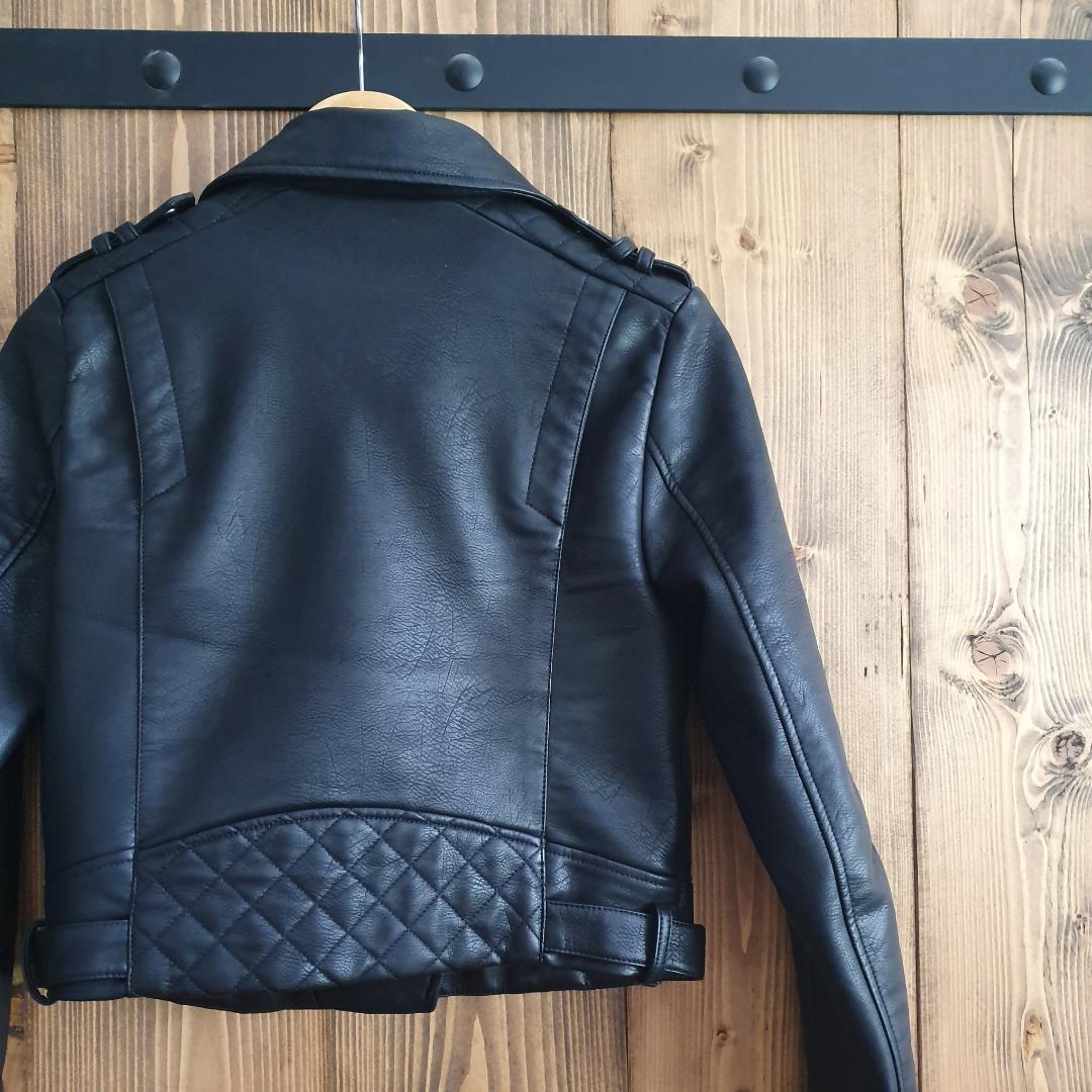 Never worn biker jacket Original price 550sek. Jackor.