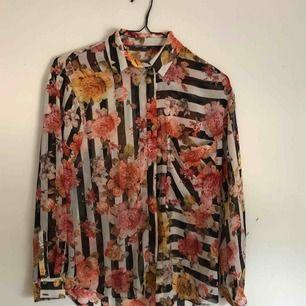 Blommiga skjorta från Zara