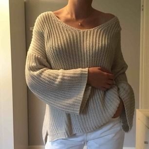 Stickad tröja från Bershka! Knappt använd. Frakt ingår i priset ✨