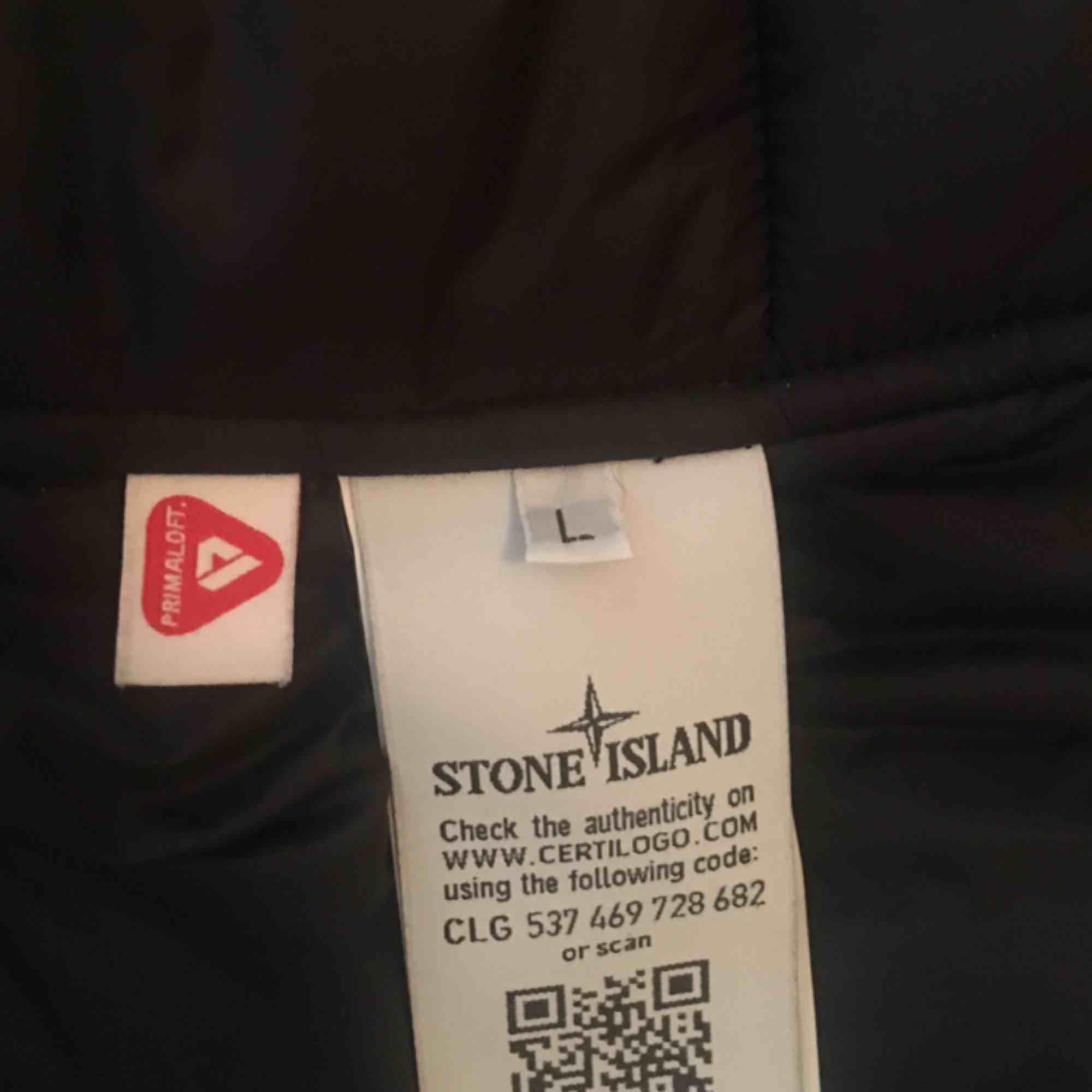 Stone Island, herjacka, storlek L, obetydligt använd. Jackor.