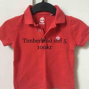 Piké från Timberland, mycket fint skick, storlek 5Y