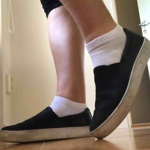 Jätte sköna läder skor från vagabond. Om man tvättar vita kanten på skon ser dom nya ut