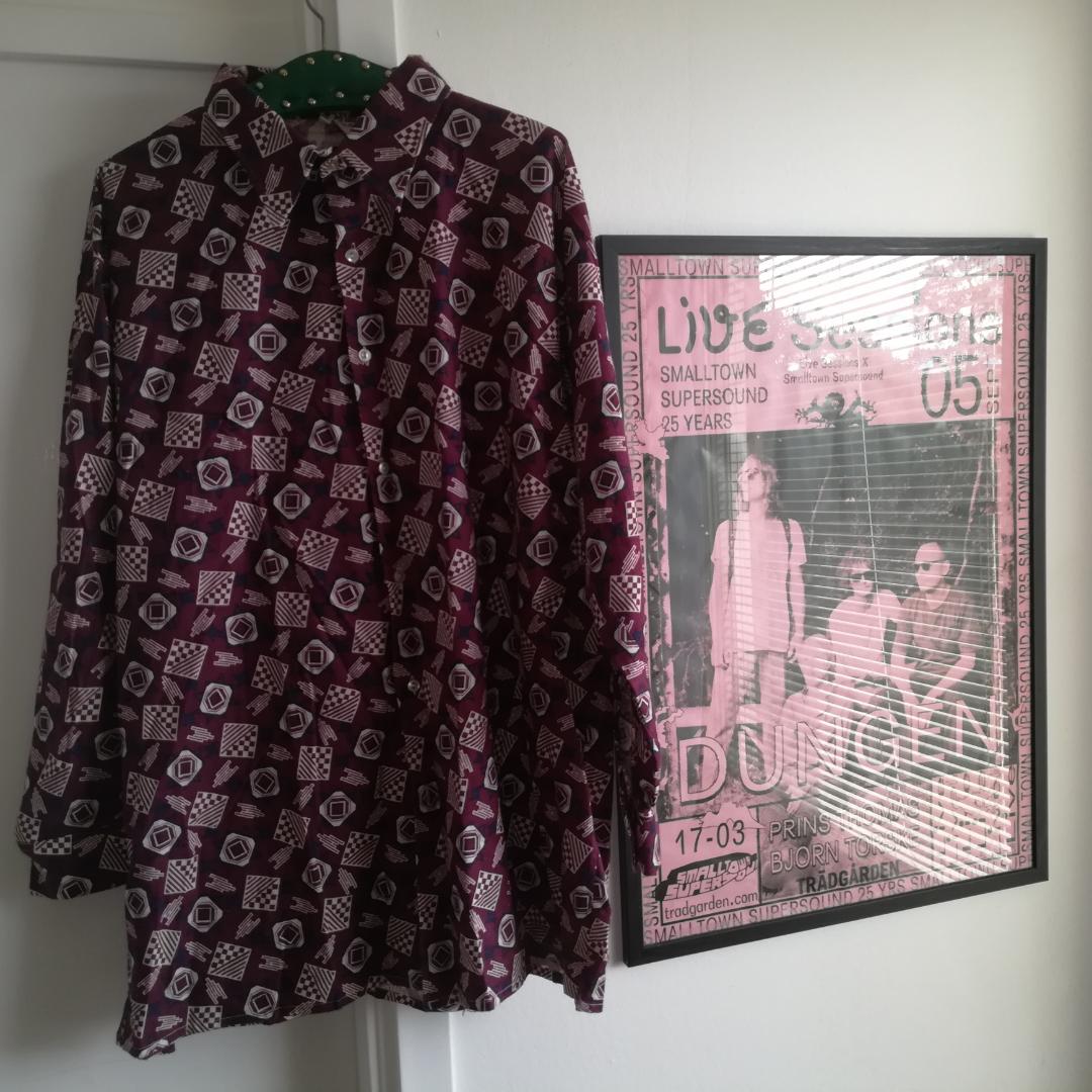 Original hippie shirt !!   . T-shirts.
