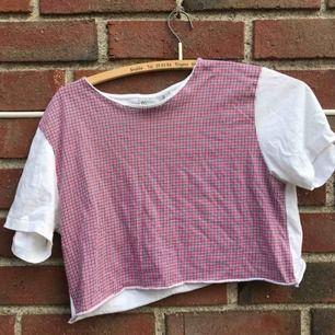 Säljer denna rutiga croppade t-shirten!