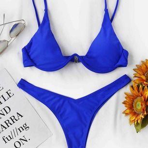 Fick precis hem denna fina bikini, fast tyvärr passade den inte :/, prislappen finns kvar! Ord pris 400kr