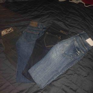 ALLA SUPERSNYGGA MÄRKESJEANS FÖR 400 KR! Alla köpta för ca 700 kr styck, utom jeansen från Gina tricot, dessa kommer med på köpet vid alla jeans. Självklart går det även att köpa separat.