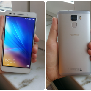 Huawei honor 7, olåst, köpt 2017. Fungerar bra förutom att den kan stängas av ibland bara sådär.