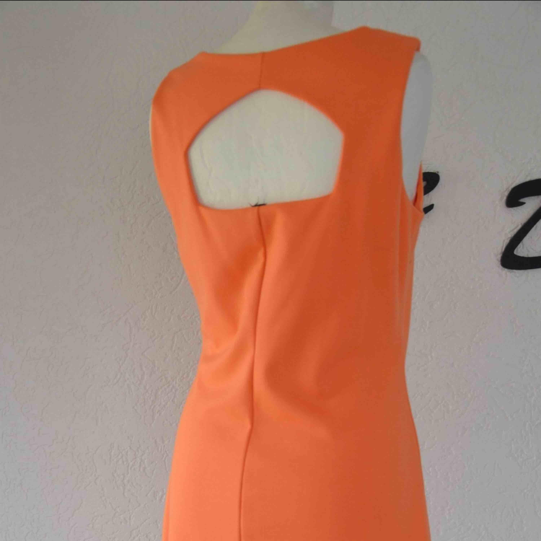 Ny klänning från MQ  Strl L  Kan fraktas. Klänningar.