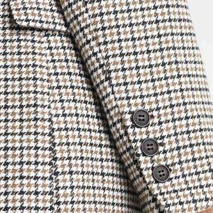 Påls kappa pälsimitation från HM Storlek S. 38  /40 också Använd två gånger  Väldigt mjuk skön beige färg kan frakta