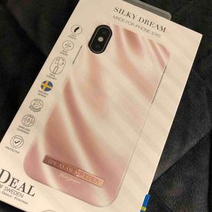 Idealofsweden skal från Therese Lindgrens kollektion till iPhone X/XS, helt nya och oanvända!!! 299kr/st, skickar dom idag om de köps idag🥰 shoppa på!