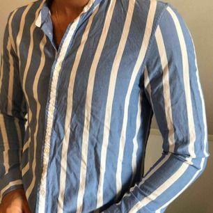 Skjorta från bershka  Knappt använd
