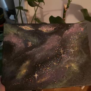 Tavlor jag målat själv, inte nöjd och behöver mer plats. Om någon är intresserad? 3olika tavlor, pris diskuteras gärna. Måtten och tjockleken varierar