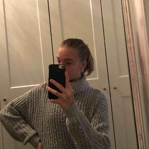 SUPERSKÖN och SUPERMYSIG stickad tröja från Gina Tricot  Sticks inte alls
