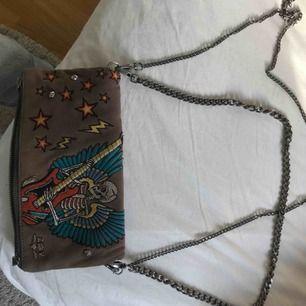 En Zadig väska som är ytterst sällsynt. Köpt för 4000kr säljer för 2500kr
