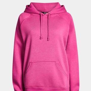 Rosa hoodie från bikbok, st xs dock väldigt stor så skulle säga att den sitter som en s/m. Inga skador och köpt i våras