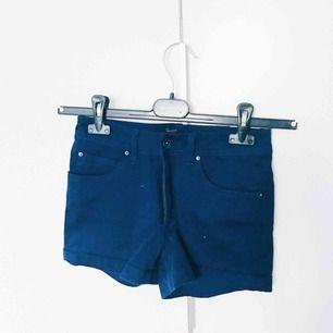 Blå shorts från red label. Köpta på carlings